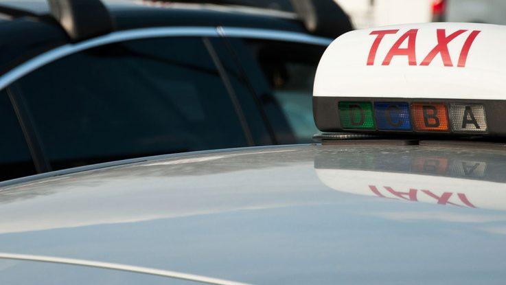 Pourquoi réserver un taxi à Clermont ?